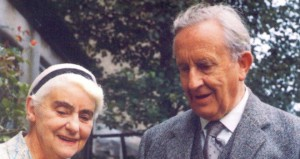 Ronald_and_Edith_Tolkien_1966-704x1024-660x350